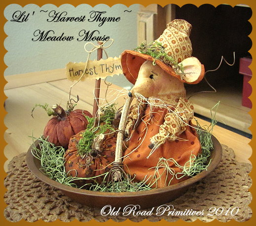Lil' Harvest Thyme Meadow Mouse n' Pumpkins Pattern